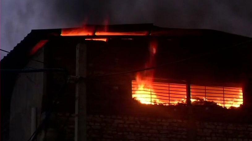 Fire in Delhi cosmetics factory, one dead