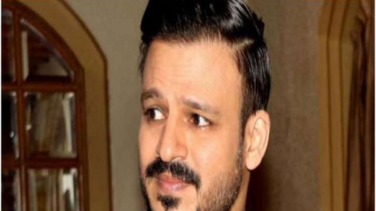 Vivek Oberoi flaunts bike-ride without helmet, mask; penalised