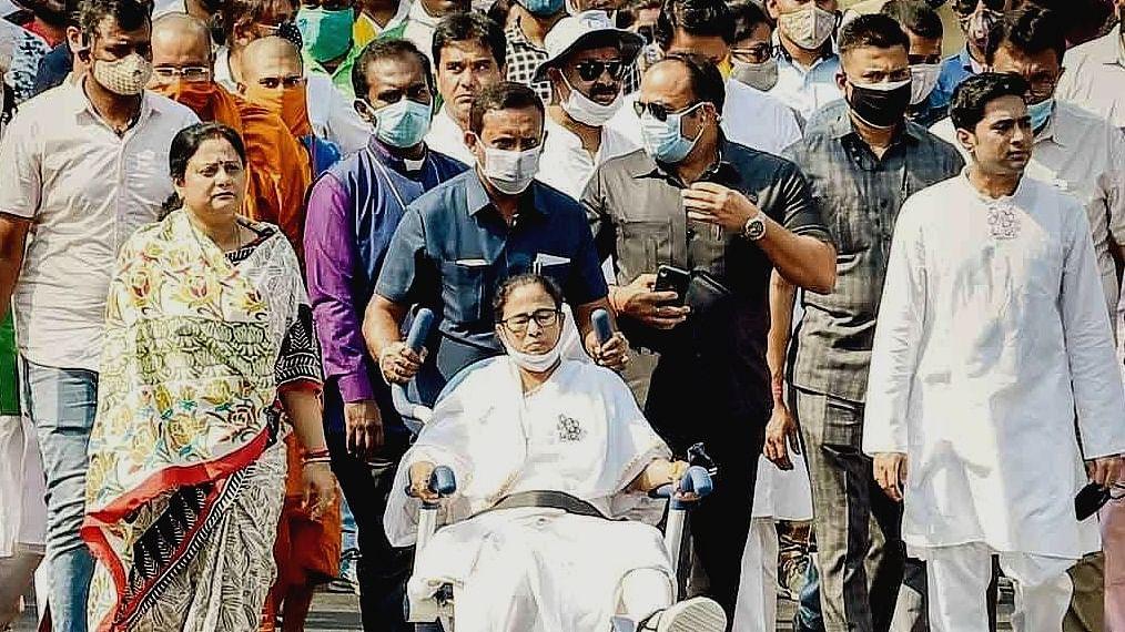 Poll Notes: Mamata Banerjee as hostage?