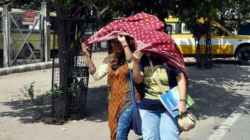 Delhi sizzles at 40.1 degree Celsius, hottest March day in 76 years