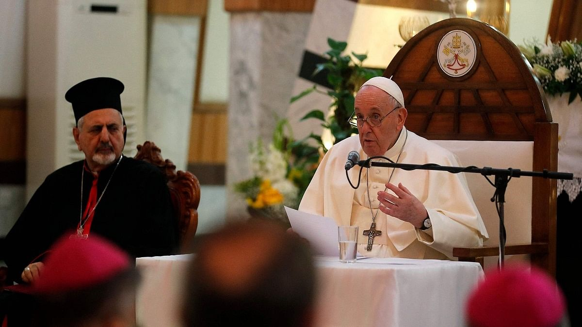 Pope Francis, Iraq's top Shiite cleric hold historic meeting