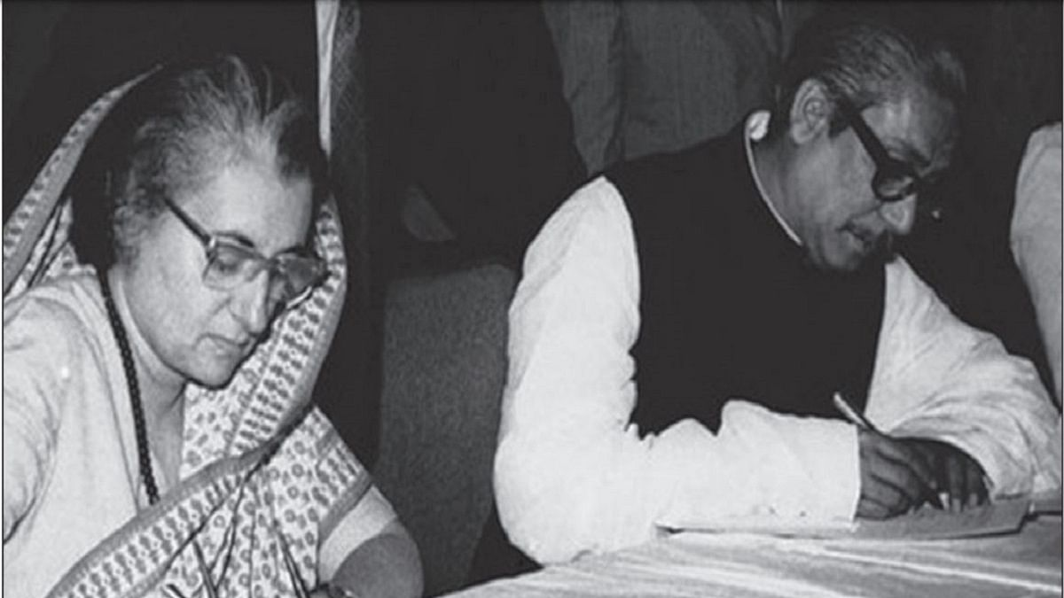 Indian PM Indira Gandhi (left) and Bangladesh PM Sheikh Mujibur Rahman sign treaty of friendship in Dhaka on March 19, 1972