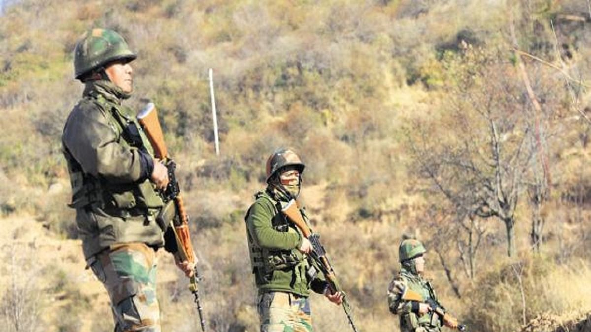 India orders Assam Rifles to prevent influx from Myanmar