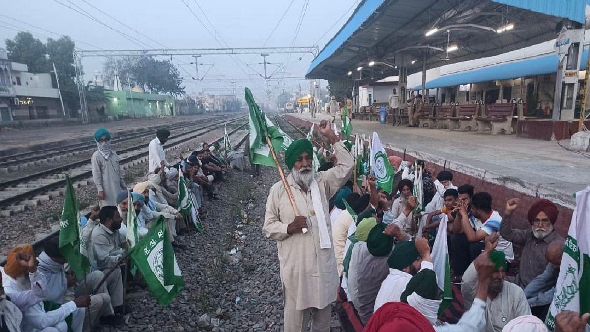 Bharat Bandh: Farmers block highways, roads in Punjab, Haryana; rail services hit