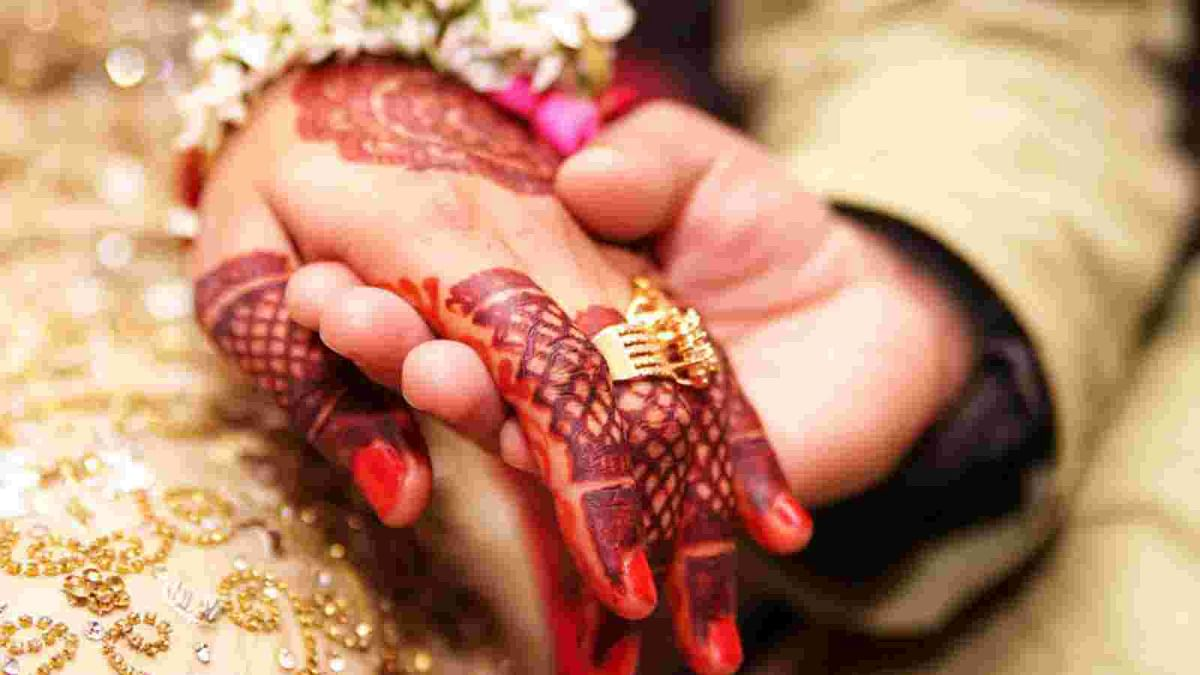 On International Women's Day, two Pakistani Hindu brides get to rejoin their husbands in India
