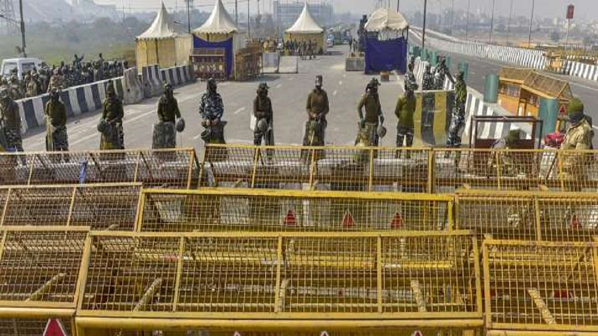 One side of Ghazipur border opens for traffic