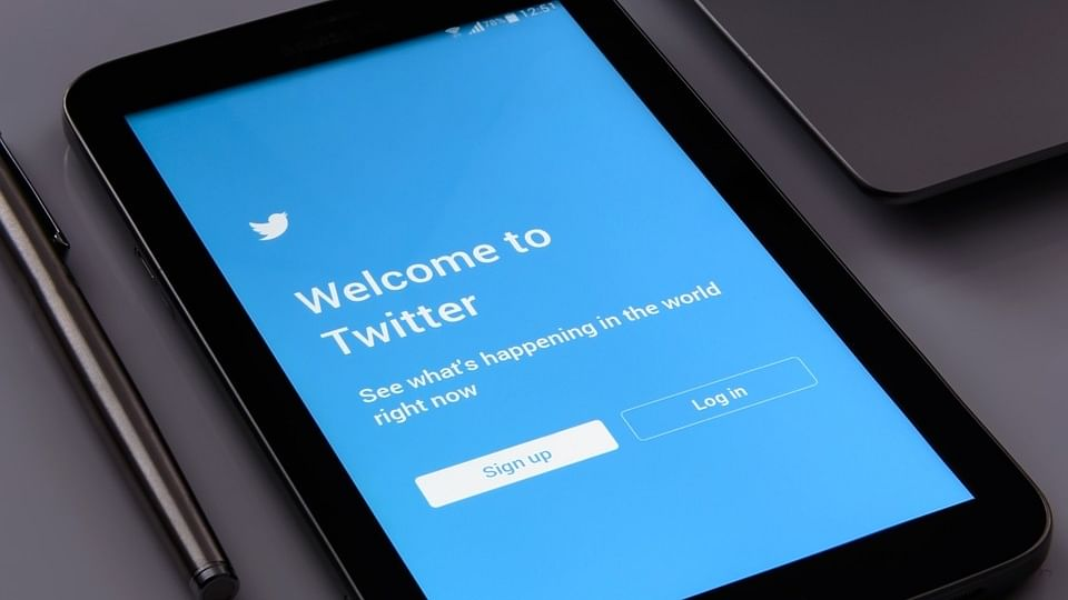 Russia fines Twitter $116,778 over illegal content