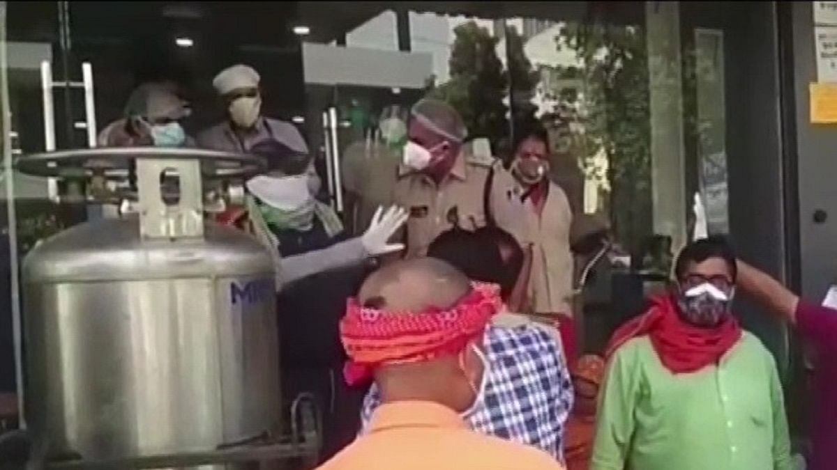 Watch: Critically-ill patients in ICU gasp for oxygen after power outage in govt hospital in BJP-ruled MP