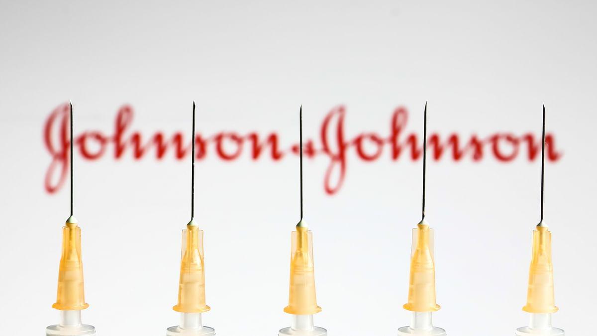 US to resume Johnson & Johnson COVID vaccinations despite rare clot risk
