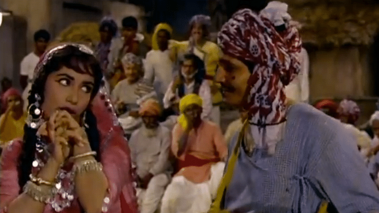 D'you know who says  'Phir Kya Hua'  in evergreen song 'Jhumka Gira Re'? Here's the answer