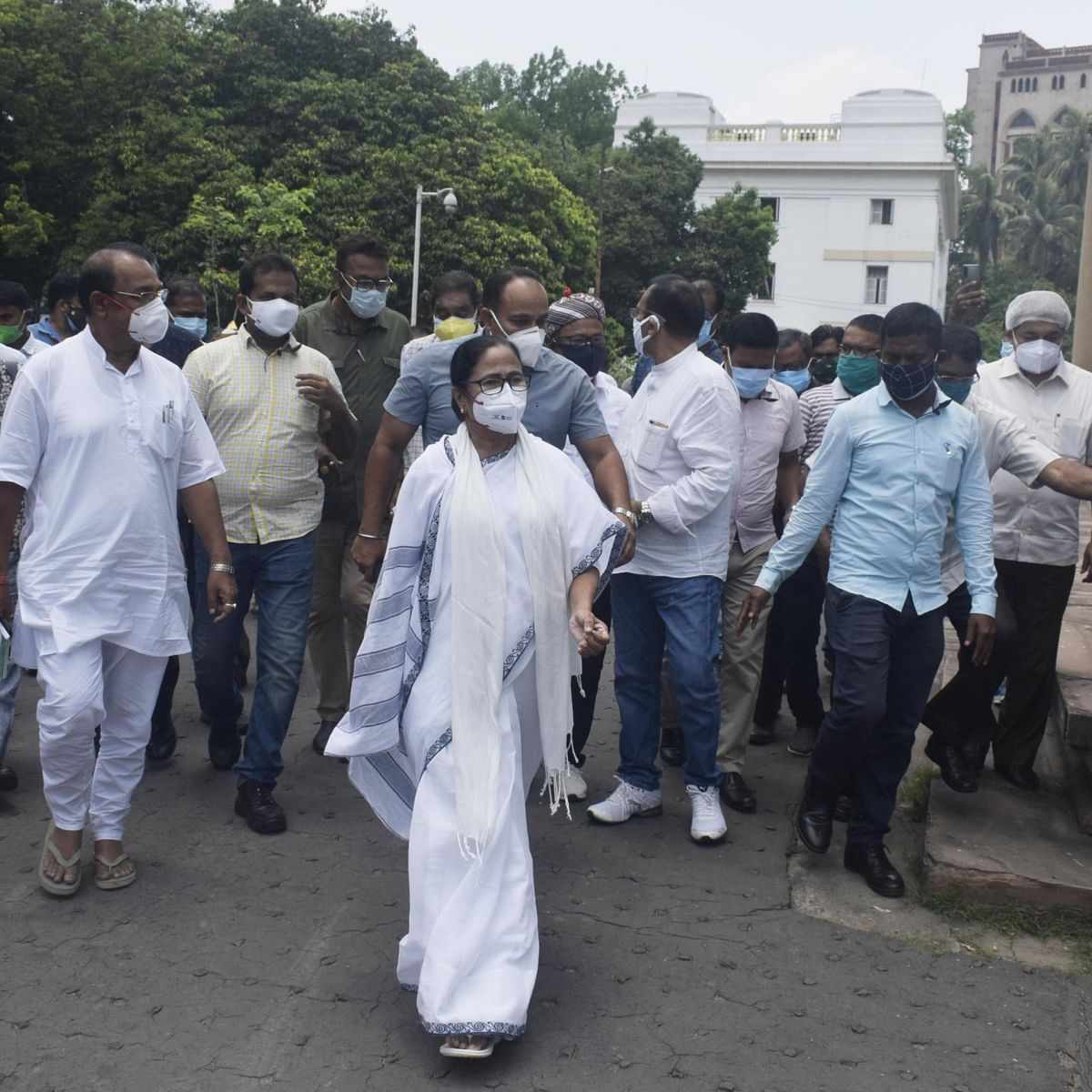 Mamata Banerjee starts dharna at CBI's Kolkata office to protest arrest of four Trinamool Congress leaders
