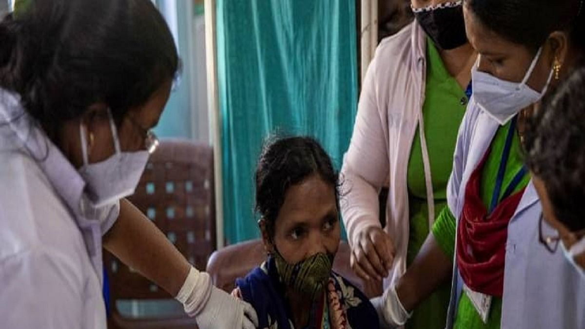 'Vaccine cocktail' in Uttar Pradesh: Wrong vaccine given to 20 villagers as second dose