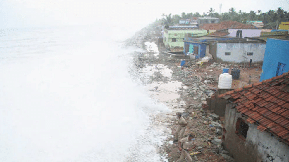 Cyclone Tauktae intensifies into extremely severe cyclonic storm; Mumbai Airport shut for 3 hours