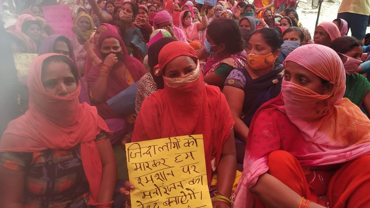 One lakh workers residing in Delhi-NCR village stare at uncertain future after eviction order