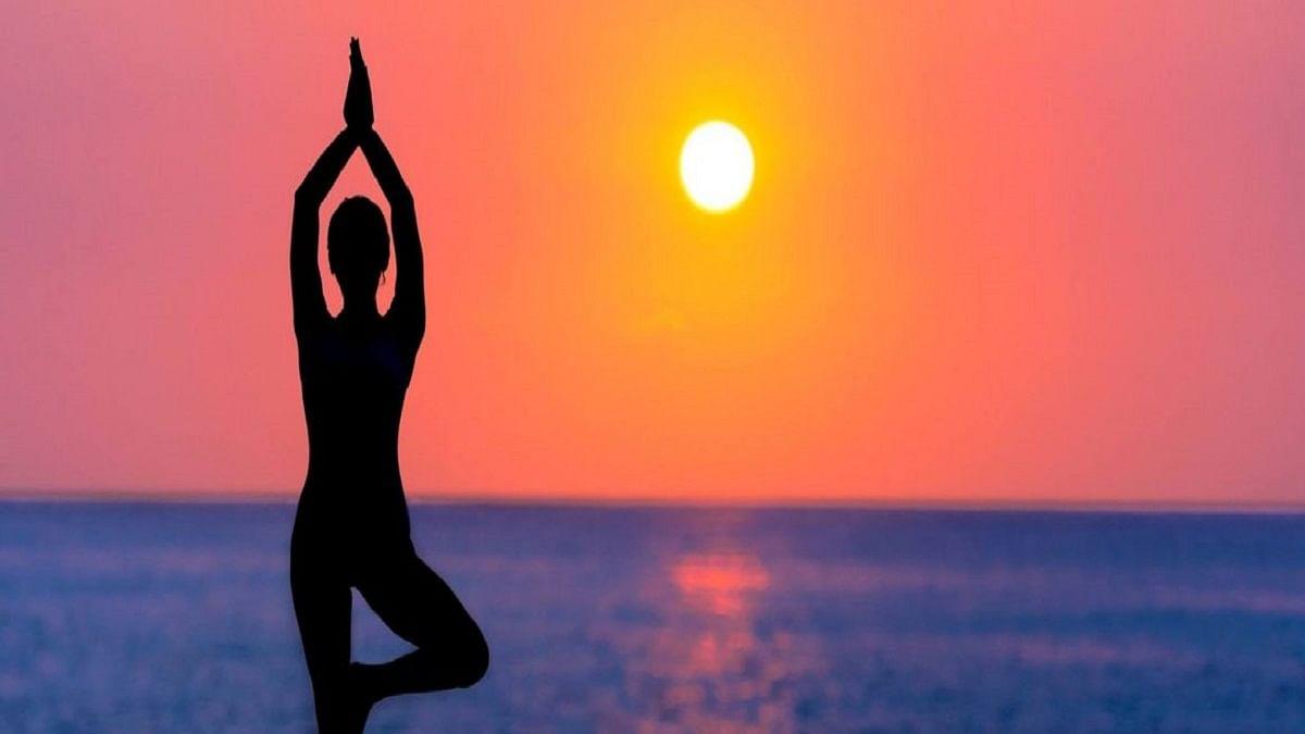 Filmmaker Tirlok Malik organises 'Happy Life Yoga' event in New York on International Yoga Day
