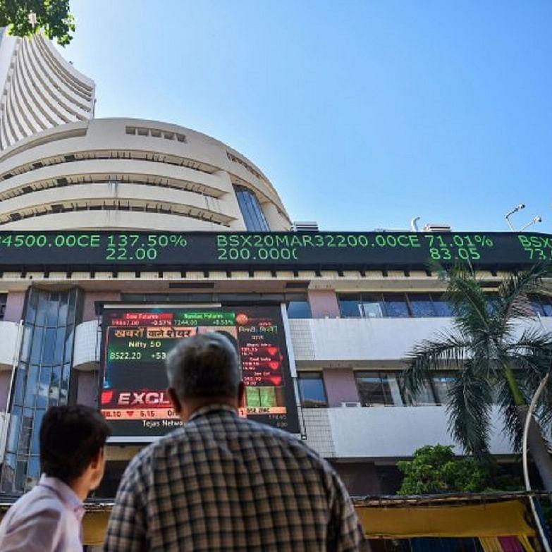 LIVE News Updates: Sensex falls 123.53 points; Nifty declines 31.60 points