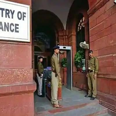 Modi govt junks seniority, deputes IAS officers to screen IRS 'contenders' for apex Income Tax Dept body CBDT