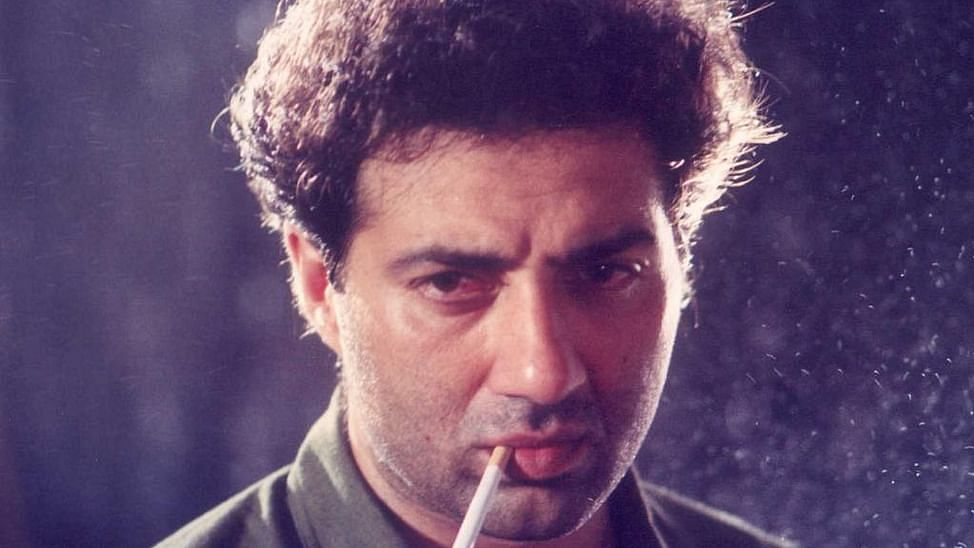 The iconic dialogue from the movie Damini was delivered by Sunny Deol