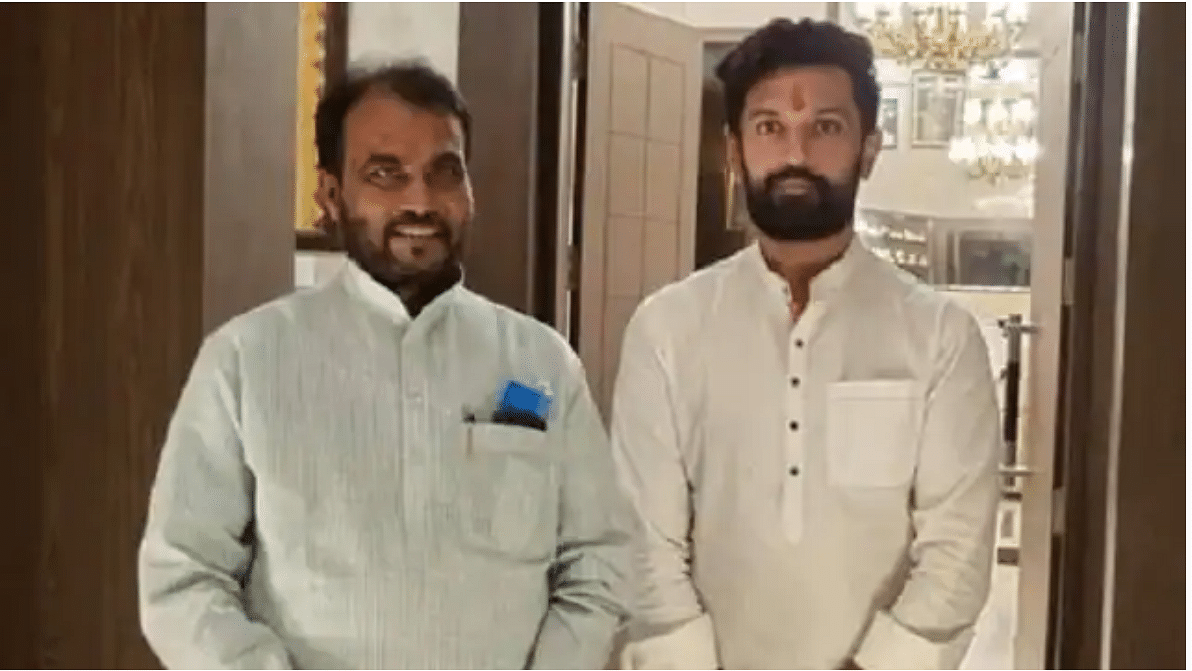 RJD leader meets Chirag, says anti-BJP alliance needed