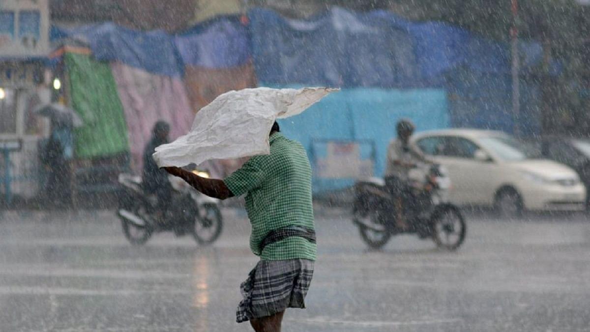 Maharashtra: Extremely heavy rainfall in Mahabaleshwar wreaks havoc in Ratnagiri, Raigad districts, 36 dead