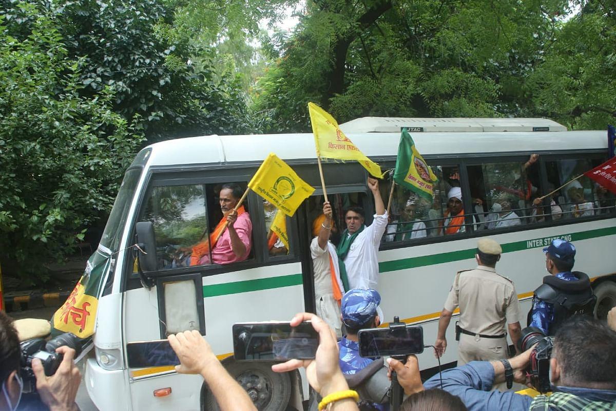 200 farmers reach Jantar Mantar for protest against farm laws amid Parliament session