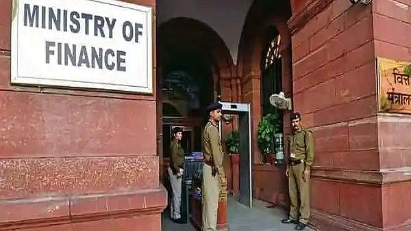 'Whole cadre shaken up', say retired officers as CBDT reshuffles over 200 senior IRS officers across nation