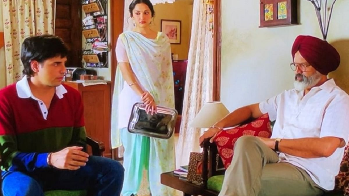 Bijay Anand is drawing praises for his role as Kiara Advani's father in 'Shershaah'