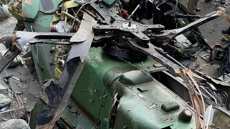 Pilot, co-pilot of crashed helicopter in J&K still missing