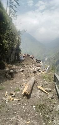 3 killed, 10 rescued and nearly 30 feared trapped in a major landslide in Himachal's Kinnaur district