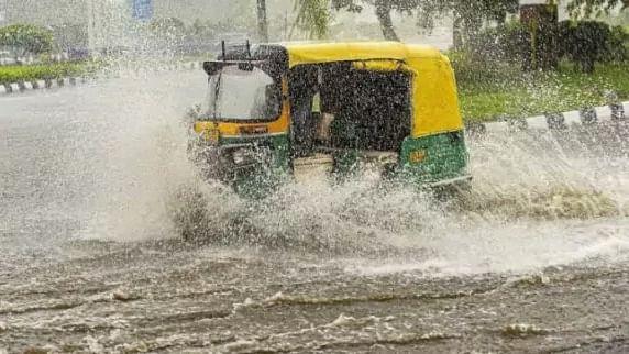 Heavy rainfall in Northeast, Bengal, Bihar to continue: IMD