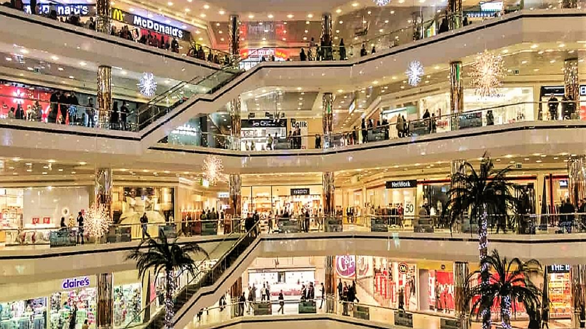 Allow malls, markets to operate till 10 pm: traders' body to DDMA