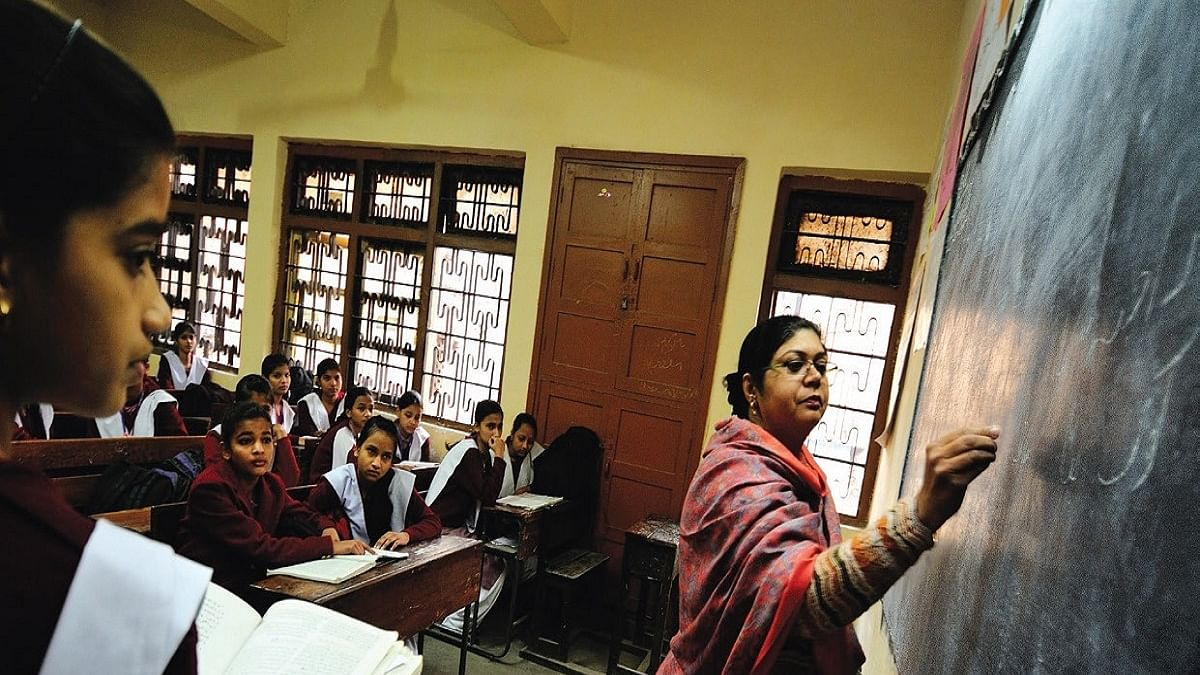 COVID-19: States asked to vaccinate all school teachers on priority before Teachers' Day