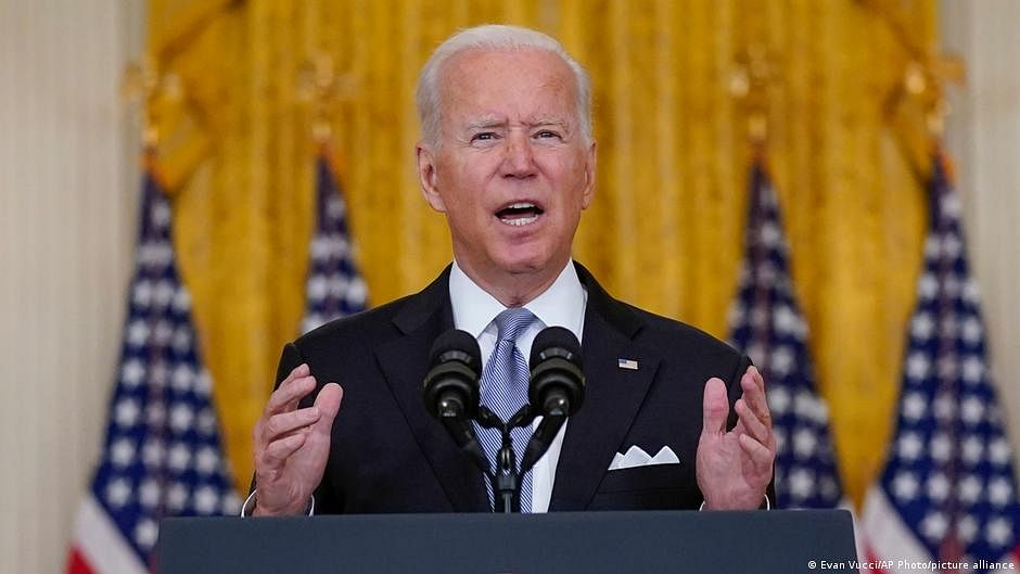 Biden admin takes new actions on masks, vaccination