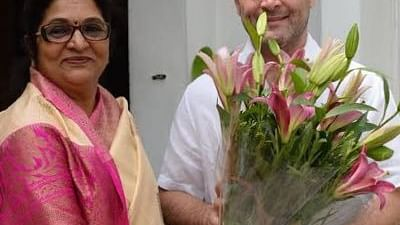 Rajani Patil with Congress leader Rahul Gandhi (File photo)