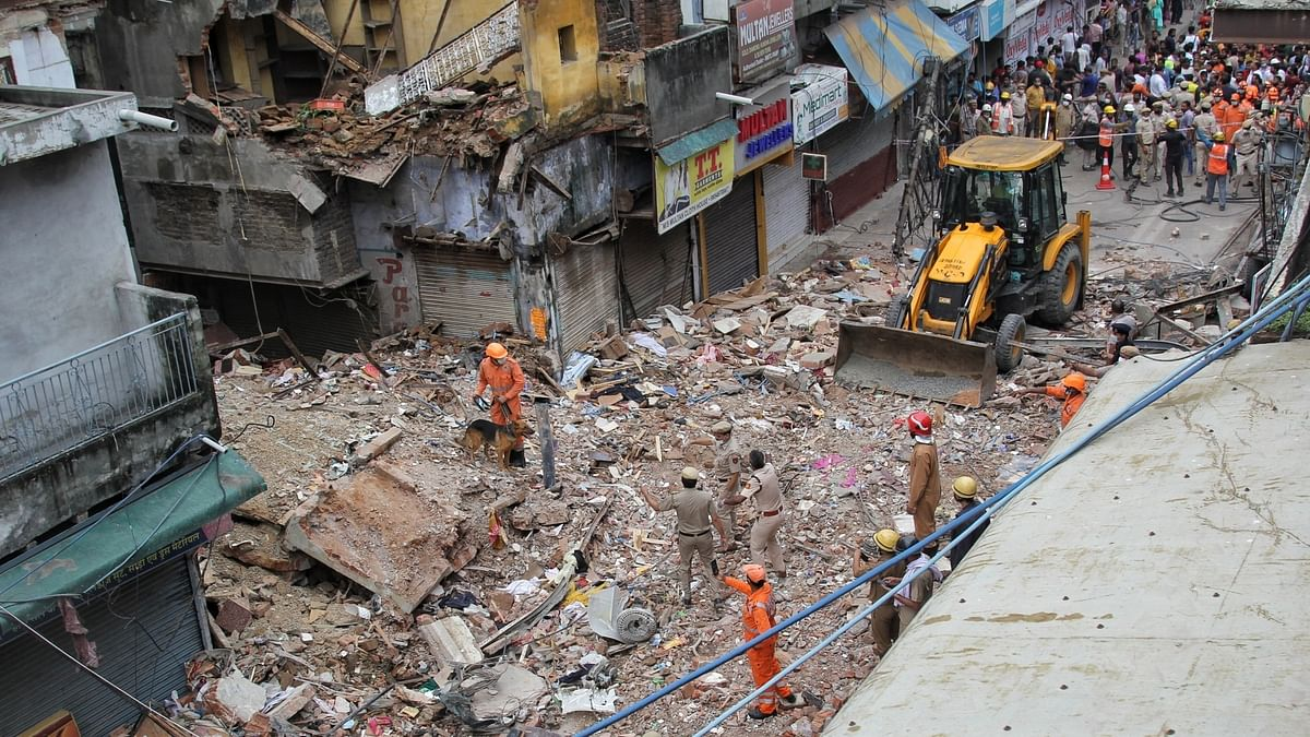 Delhi building collapse incident: 9 structures in same street are 'dangerous'