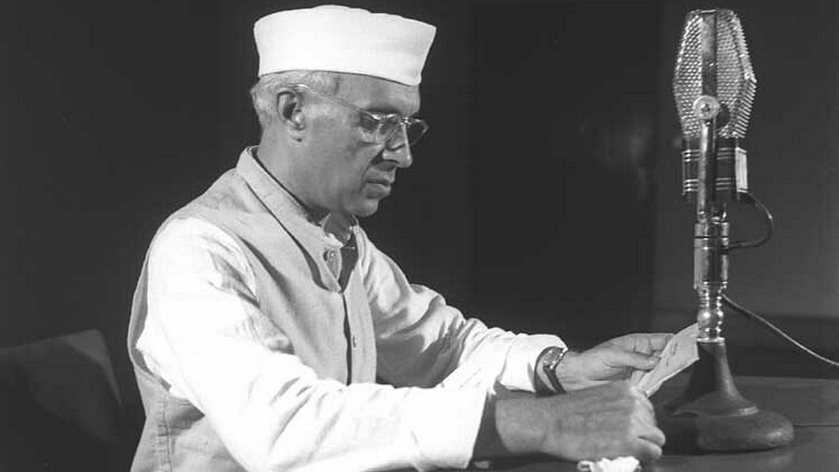 Nehru's Word: A blind reverence for the past is bad
