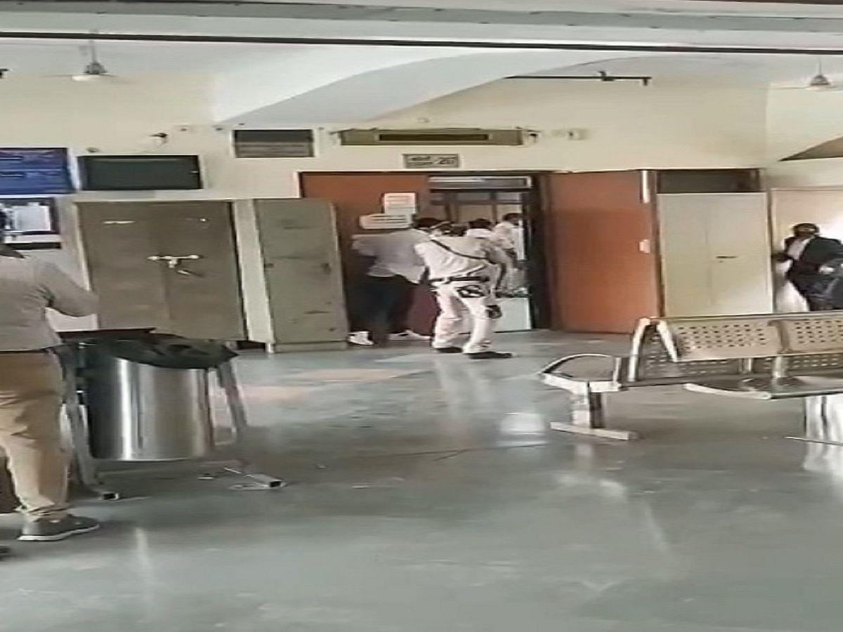 WATCH: Firing at Delhi Court, undertrial among 3 dead