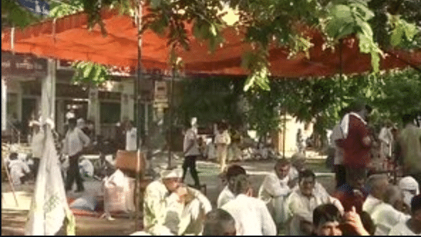 Farmers sit in protest at Karnal DC office enters 2nd day