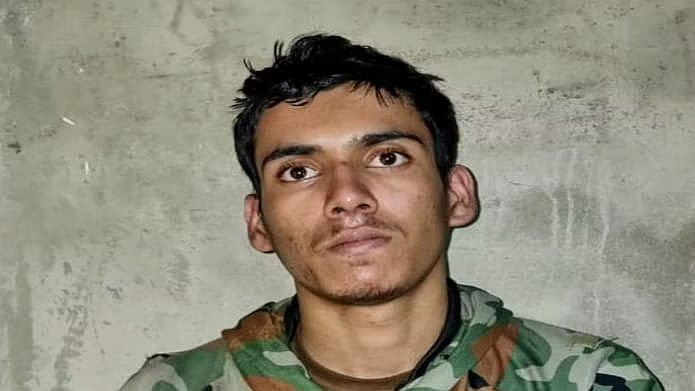 Teenage Pak terrorist captured alive by Army urges handlers across LoC to take him back home