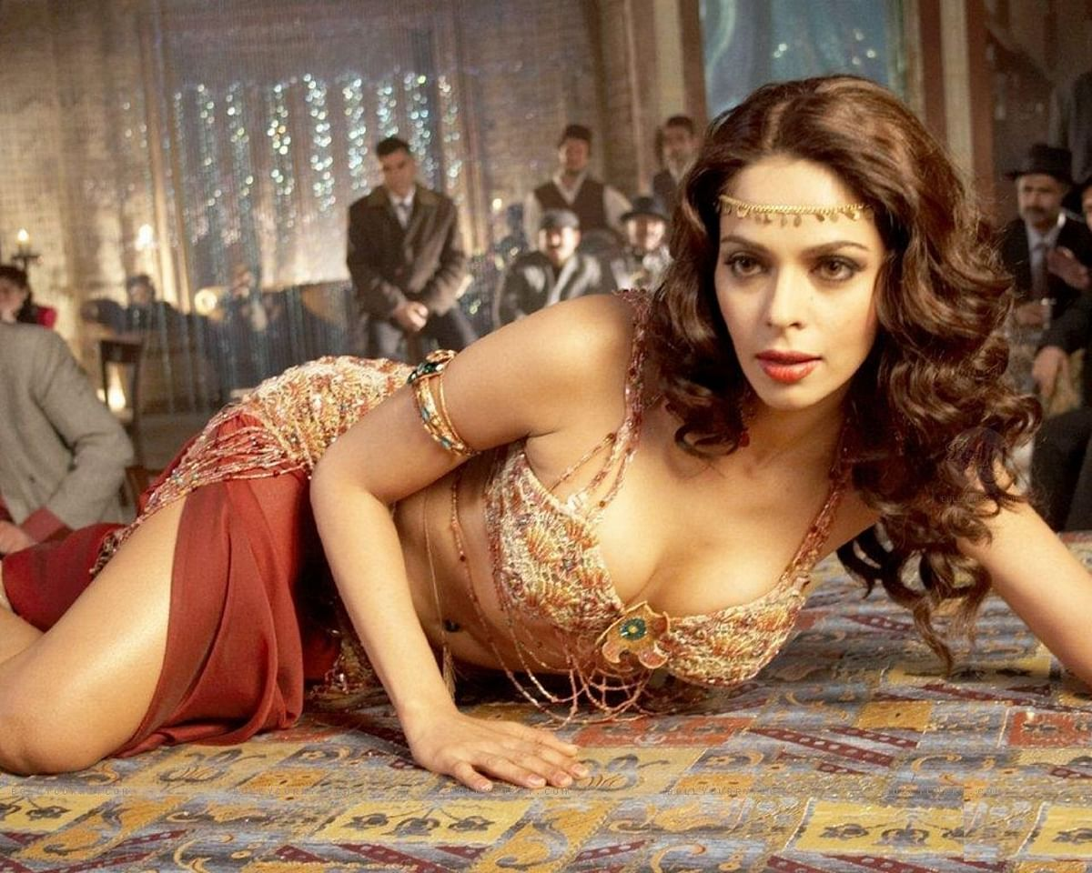 Bollywood Baatein: Where are the item girls of yesteryears?