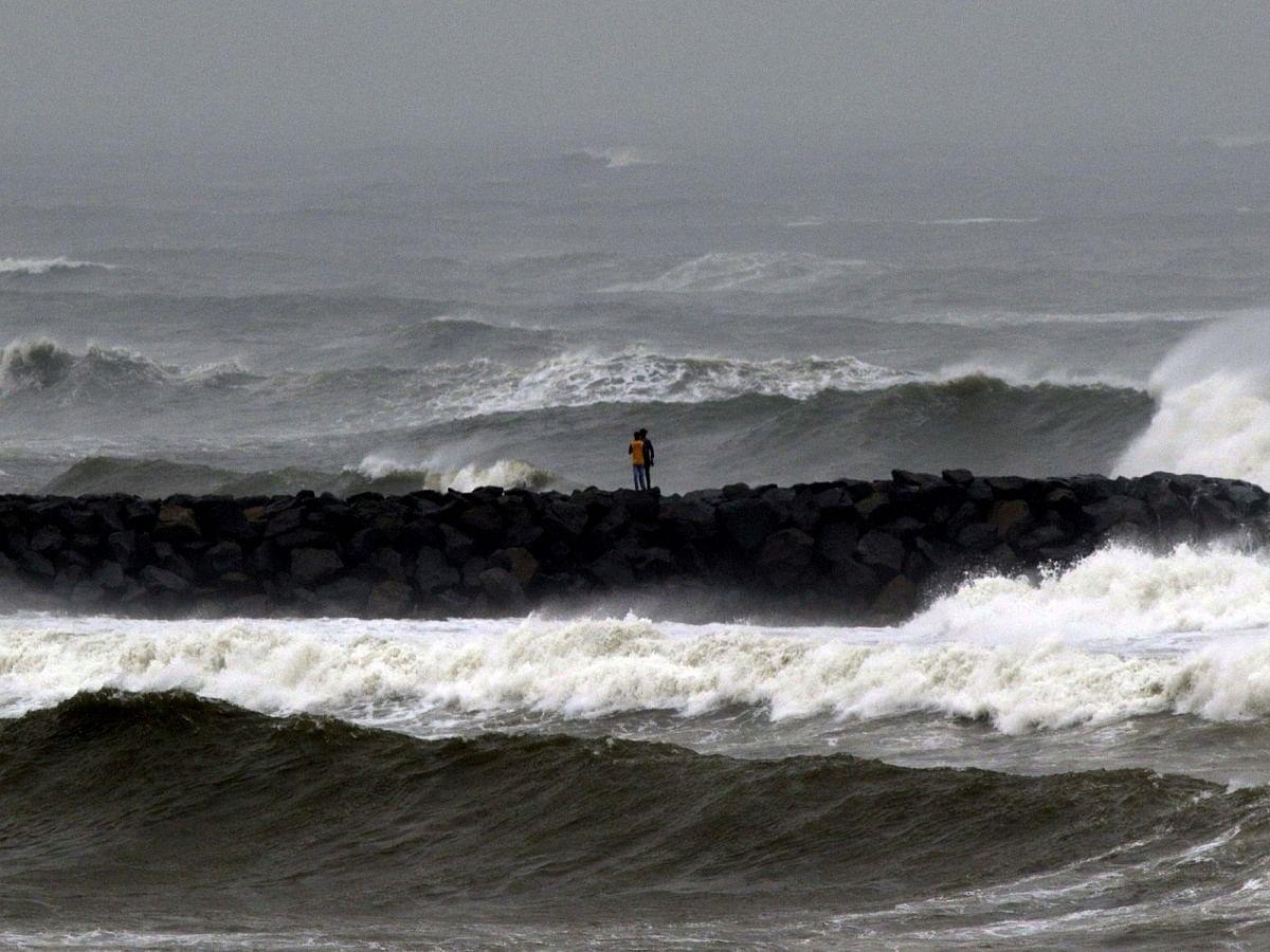 LIVE News Updates: Cyclone Gulab begins landfall over north coastal Andhra Pradesh and south coastal Odisha