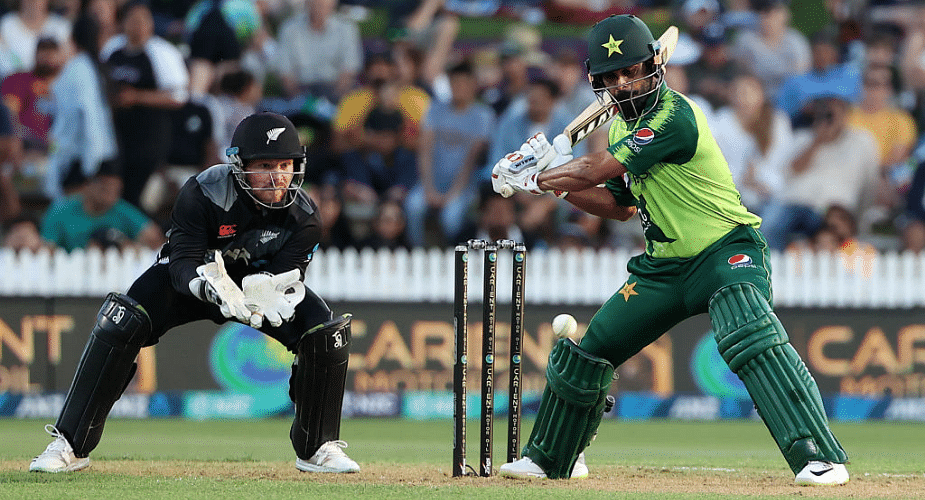 Pak cricketers 'extremely disappointed' over New Zealand pullout from series