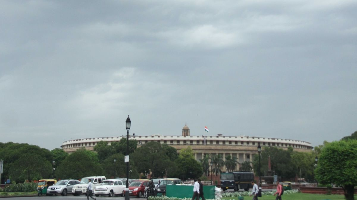Moderate to heavy rain likely in Delhi-NCR