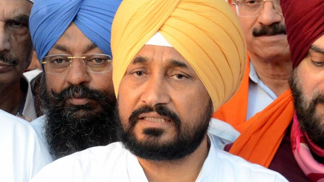 Punjab CM asks ministers to keep security bare minimum