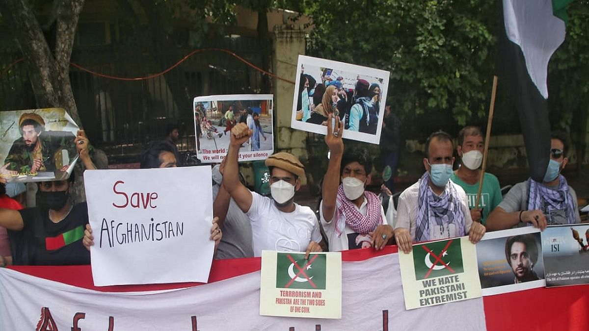 Afghans stage 2nd protest against Pakistan in Delhi