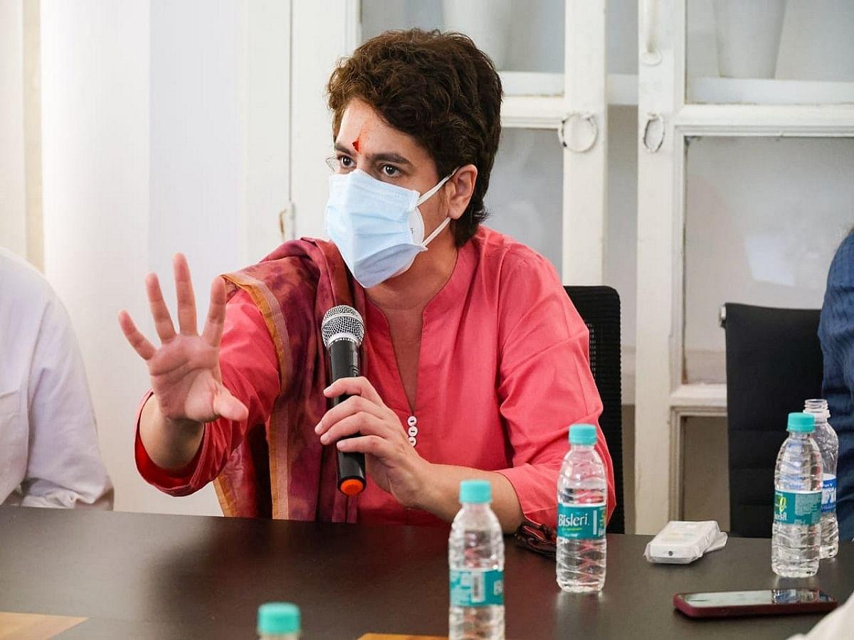 Priyanka Gandhi promises smartphones, scooty to girls in UP