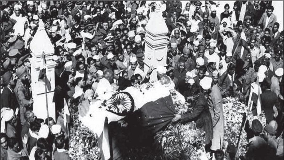 'Godse killed Gandhi after three-day training with Scindia estate's gun,' says Hindu Mahasabha office-bearer
