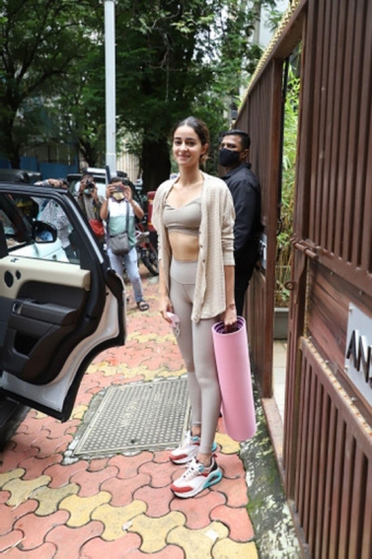 NCB 'visits' SRK, Ananya Panday's homes; conducts raids in Andheri
