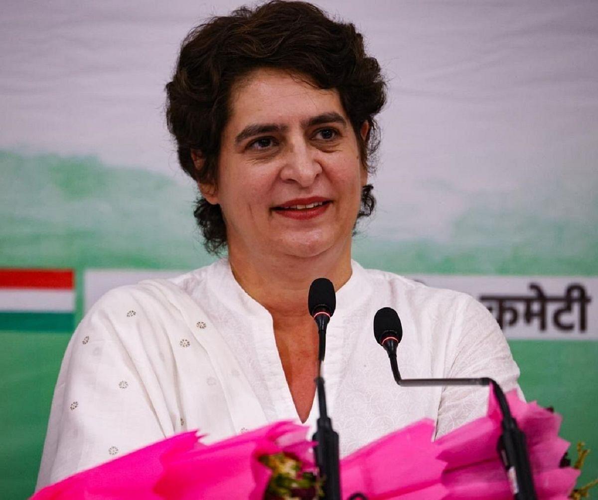 Income of 97% household has decreased: Priyanka Gandhi