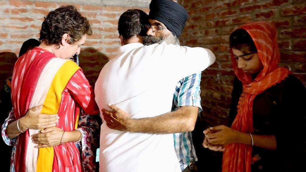 Rahul, Priyanka meet kin of farmers killed in Lakhimpur Kheri violence